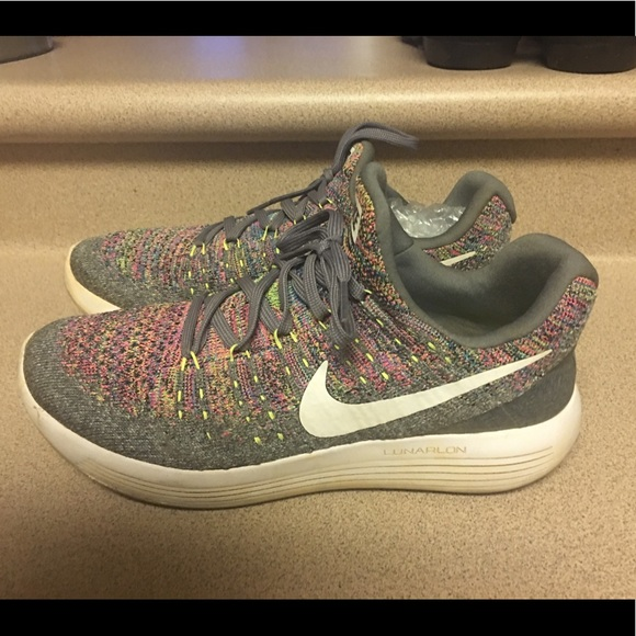 EUC Nike Lunarepic Low Flyknit 2 Run Women 8.5